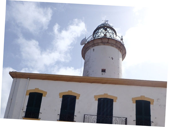 excursiones-columbretes-faro